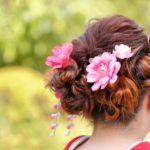 髪型・振袖に合わせた髪飾りの選び方って?